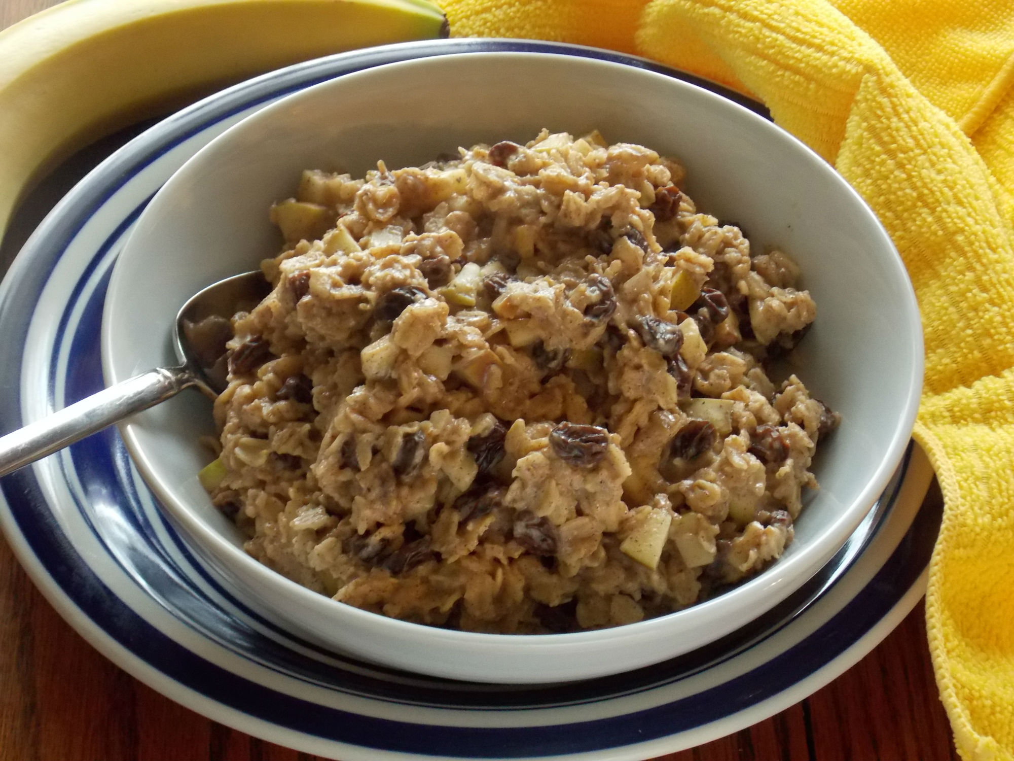 Cinnamon Raisin Oatmeal