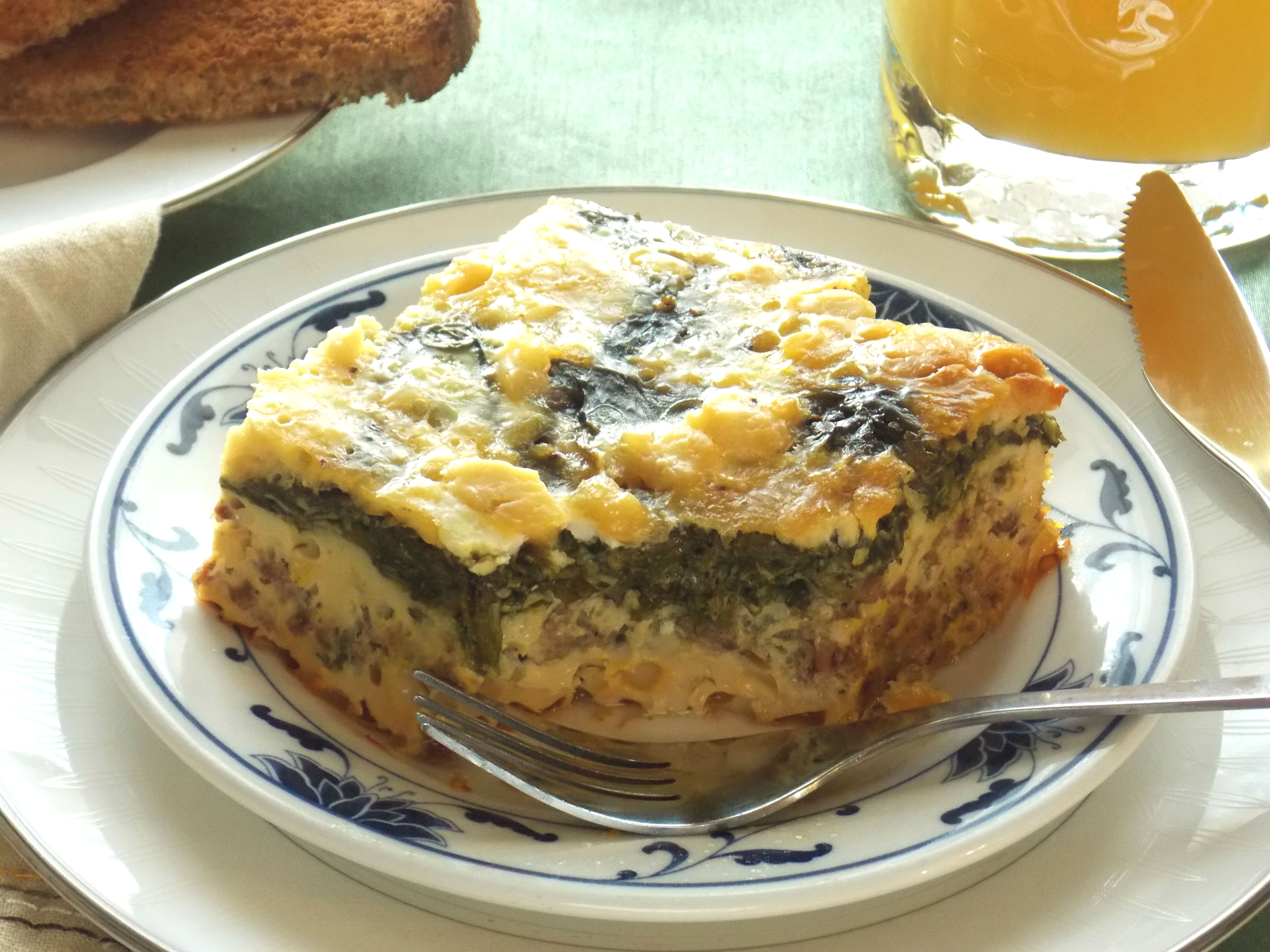 Slow Cooker Eggs Florentine Breakfast Casserole