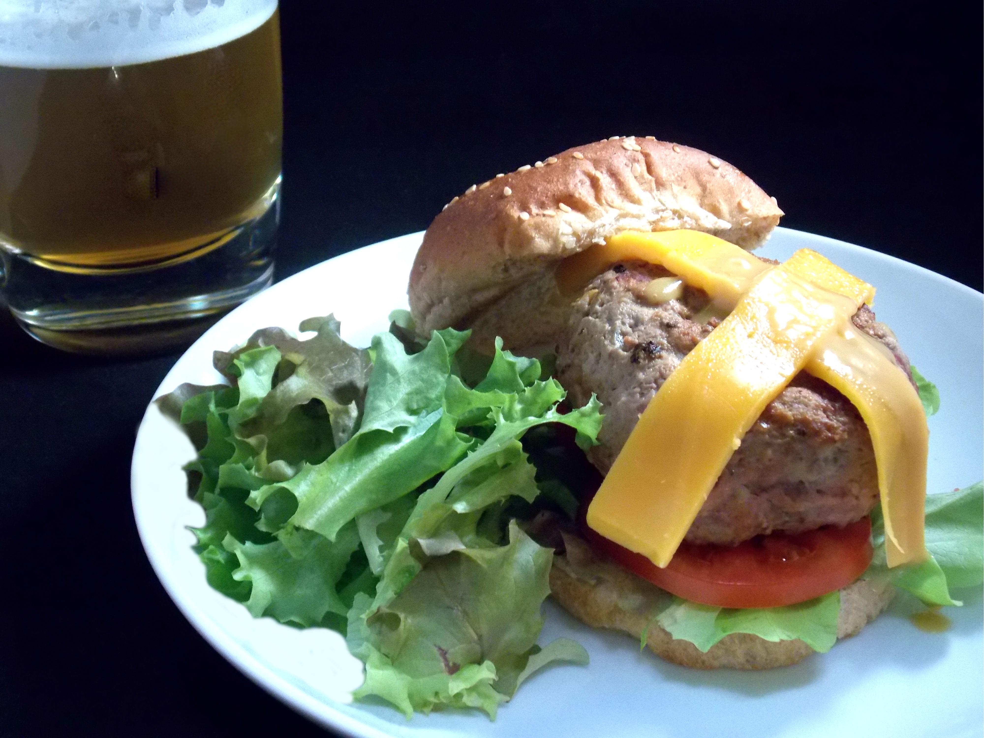 Maple Bacon Cheddar Turkey Burger