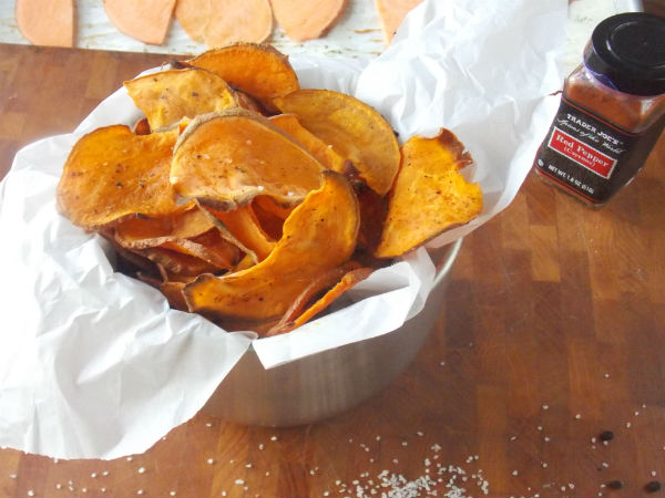 Sweet Potato Chips YUM Awesome I love clean eating from my clean kitchen!