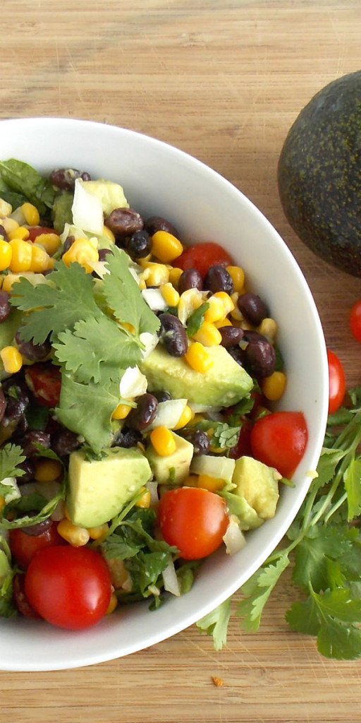 Avocado Corn Salad. Have to try this at my next picnic!!!