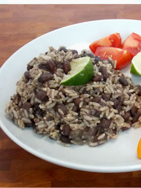 Clean Eating Black Beans and Rice - Just in time for Cinco de Mayo!!!