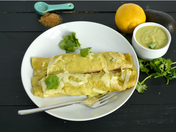 Cream Avocado Chicken Enchiladas SO GOOD and super clean