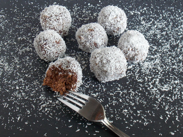 Chocolate Banana Snowballs!!!